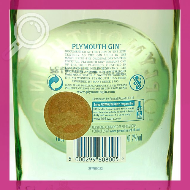 Plymouth Distilled Gin: 41,2%vol 70cl